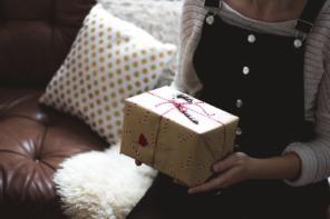Biżuteria firmy Pandora – wspaniały prezent dla Twojej mamy!