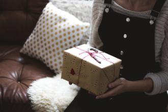 magazynkobiet.pl - photo 1512911455673 5b69a621b1a0 330x220 - Biżuteria firmy Pandora – wspaniały prezent dla Twojej mamy!