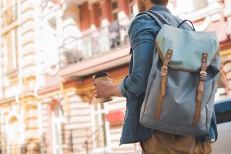 magazynkobiet.pl - adobestock 225650890 330x220 - Modne plecaki miejskie - jaki wybrać?