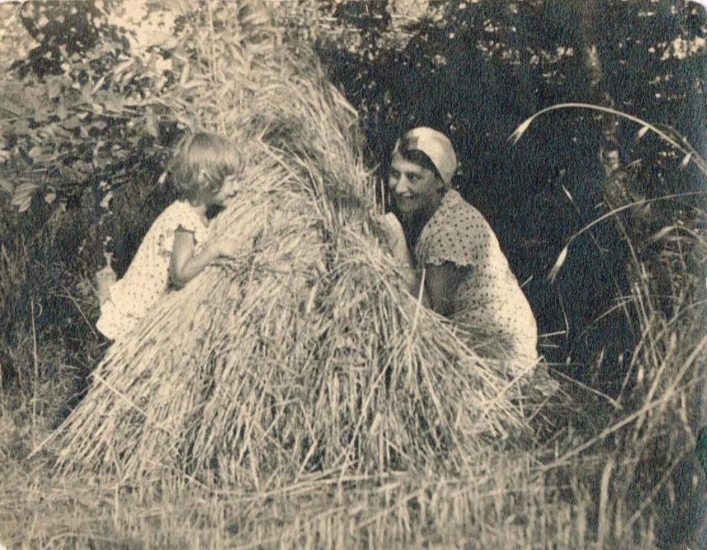 magazynkobiet.pl - Krystyna Łubieńska z mamą 1024x797 - Czarownica z Salem