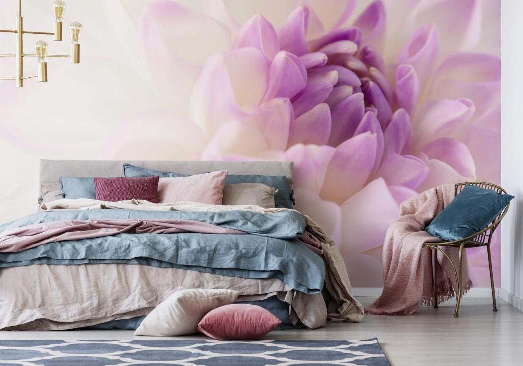 magazynkobiet.pl - image1 1050x735 - Floralna rewolucja – wybierz fototapetę w kwiaty, która odmieni Twoje mieszkanie!