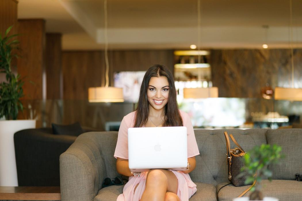 magazynkobiet.pl - photo 1562071707 7249ab429b2a 1050x700 - Home office – jak efektywnie zorganizować miejsce pracy?