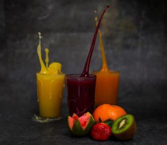magazynkobiet.pl - photo 1583577612013 4fecf7bf8f13 330x287 - Dlaczego wyciskarka do owoców i warzyw to dobry wybór dla naszego zdrowia?