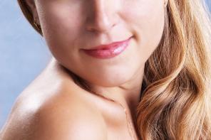 Trzy zabiegi godne uwagi: depilacja laserowa twarzy, bikini, pach