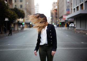 magazynkobiet.pl - hair 4 330x234 - W sklepach internetowych dostępne są włosy słowiańskie coraz lepszej jakości