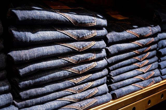 magazynkobiet.pl - zdjecie publikacja 12063 magazynkobiet.pl  - W poszukiwaniu jeansów na nowy rok szkolny