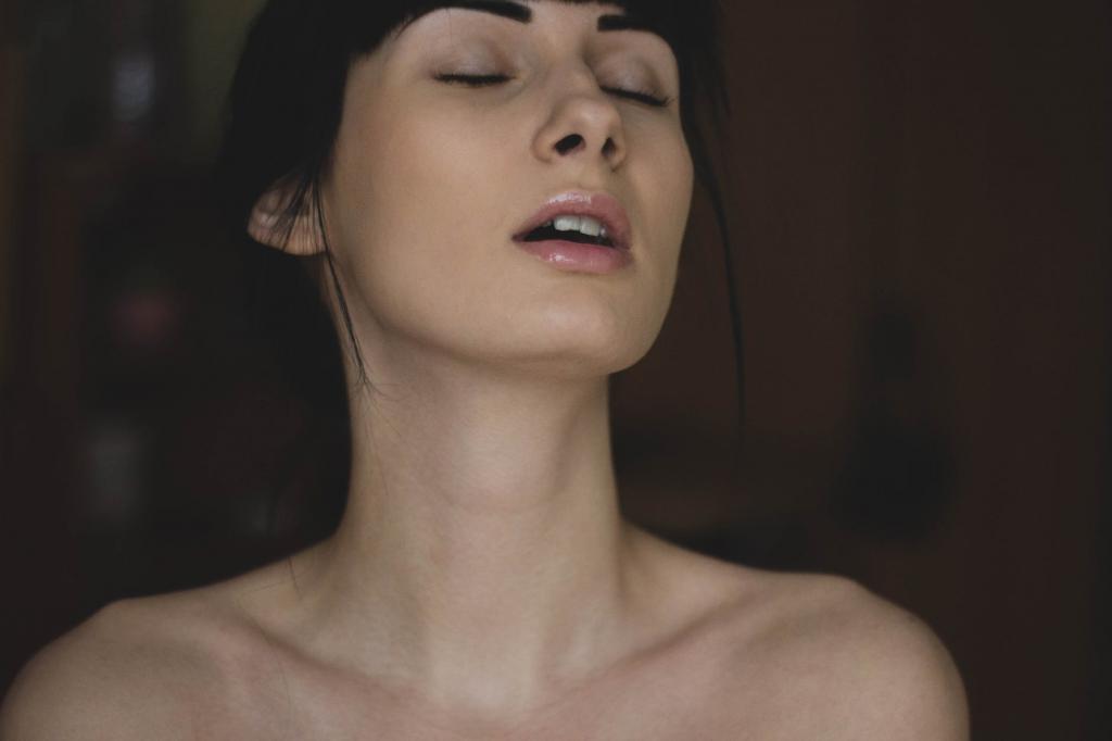 magazynkobiet.pl - afrodyzjak 1024x682 - Punkt G w kobiecym ciele - fakt czy mit?
