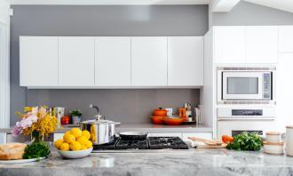 magazynkobiet.pl - photo 1556911220 bff31c812dba 330x198 - Jak wybrać nowoczesne krzesła do kuchni?