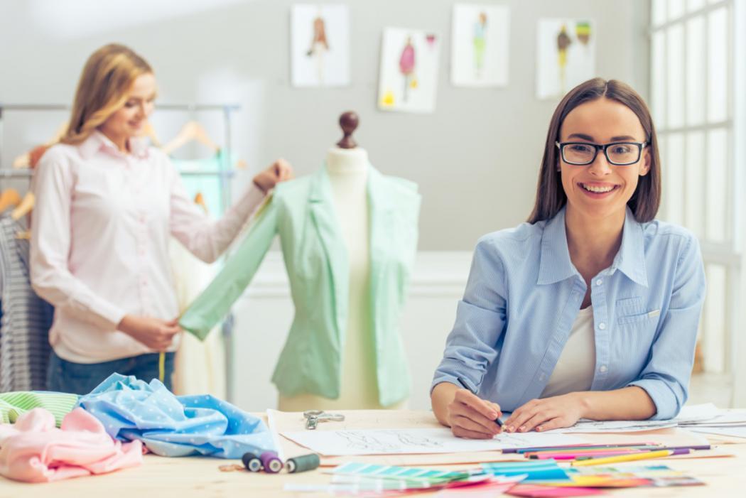 magazynkobiet.pl - 70b76872342fa64bbb182ad8590c568a 1050x701 - Najwyższej jakości tkaniny z dostawą do Twojego domu.