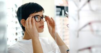 magazynkobiet.pl - Czym się kierować przy wyborze soczewek okularowych  330x174 - Czym się kierować przy wyborze soczewek okularowych?