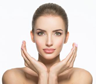 magazynkobiet.pl - PIEKNA1 330x286 - Walczysz ze zmarszczkami, cellulitem lub rozstępami? Poznaj karboksyterapię - zabieg, który rozwiąże Twoje problemy ze skórą