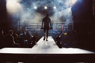 magazynkobiet.pl - photo 1552072092 7f9b8d63efcb 330x220 - Boks i MMA – rywalizacja dyscyplin czy wzajemne uzupełnienie?