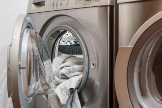 magazynkobiet.pl - washing machine 2668472 1920 330x220 - Jakie ubrania można suszyć w suszarce?