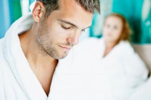 Impotencja – przyczyny i sposoby radzenia sobie z problemem