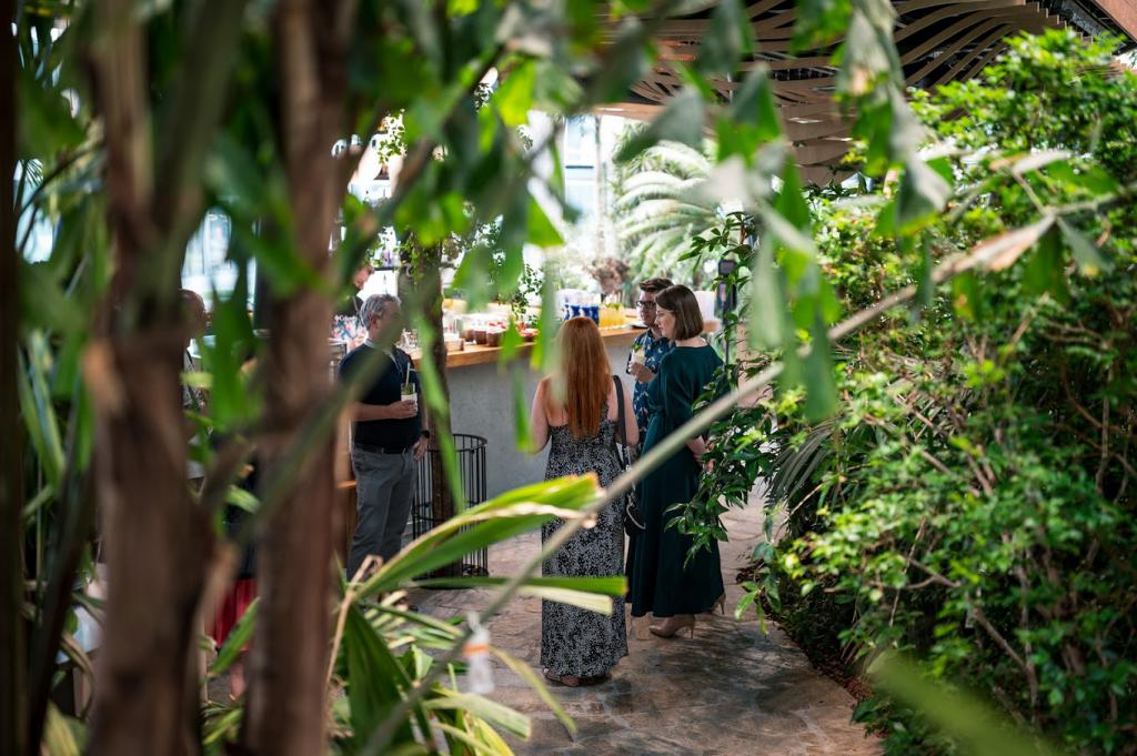 magazynkobiet.pl - Z10 2506 1 1024x681 - TIKI w sercu miejskiej dżungli
