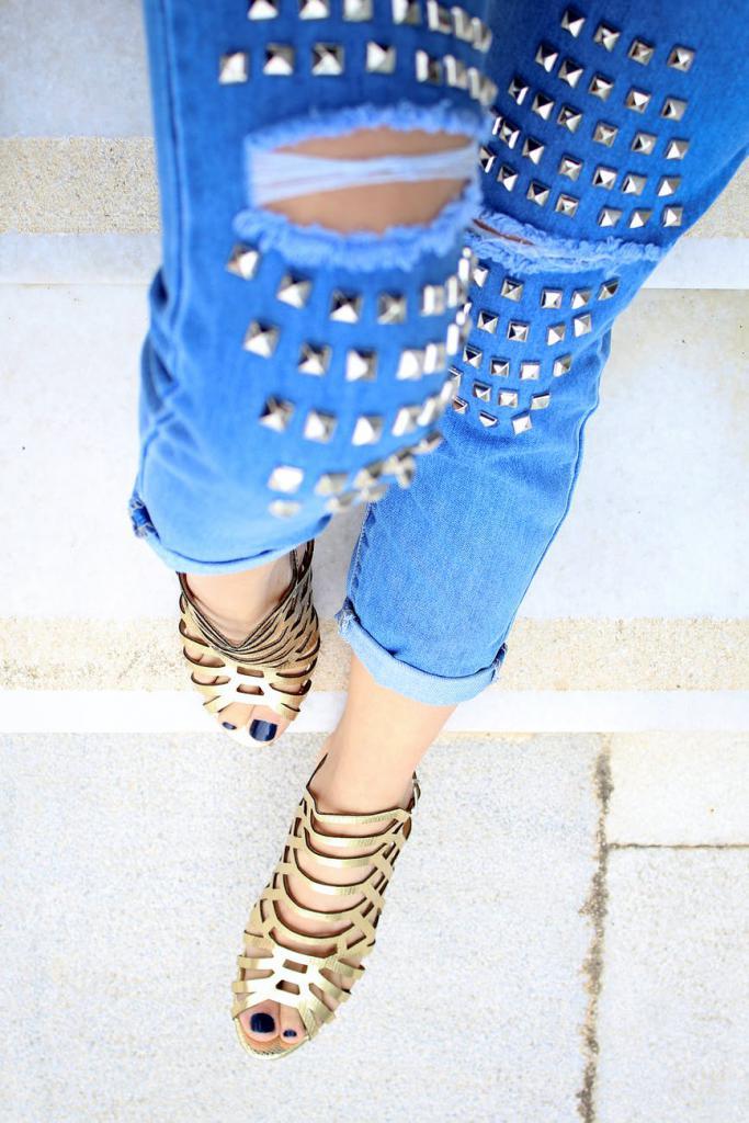 magazynkobiet.pl - pexels photo 2286388 683x1024 - Sandały? Nie możemy wyobrazić sobie bez nich lata! W jakich stylizacjach sprawdzą się najlepiej?