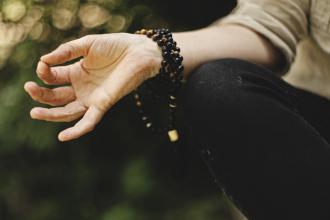 magazynkobiet.pl - photo 1528319725582 ddc096101511 330x220 - Poduszka do medytacji - jak wybrać odpowiedni model dla siebie?