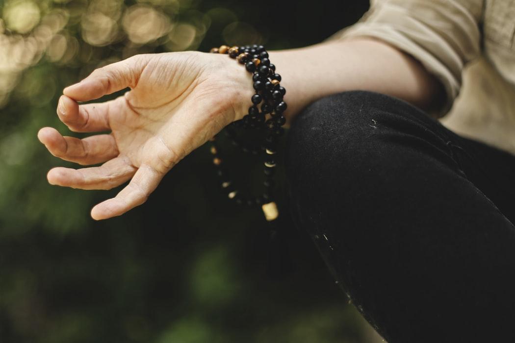 magazynkobiet.pl - photo 1528319725582 ddc096101511 - Poduszka do medytacji - jak wybrać odpowiedni model dla siebie?