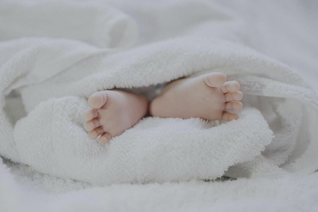 magazynkobiet.pl - photo 1555252333 9f8e92e65df9 1050x700 - Czym jest DHA dla niemowląt?