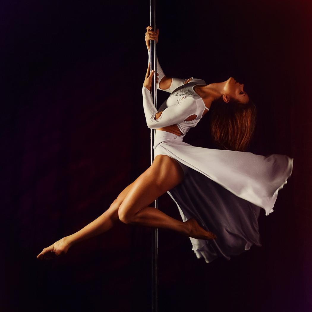 magazynkobiet.pl - pylon 1287823 1920 1050x1050 - Pole dance – jak zacząć?