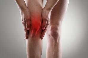 Zapalenie stawów – rodzaje, przyczyny oraz metody leczenia
